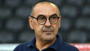 Maurizio Sarri kimdir ve hangi takımları çalıştırdı