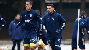 Fenerbahçede İrfan Can Kahveci ilk kez takımla antrenmanda