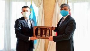 Türk Akademisi'nden Balcı'ya madalya