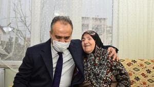 Bursa Büyükşehir Belediye Başkanı Aktaş, Ayşe Teyzeyi ziyaret etti