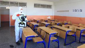 Pamukkaledeki okullar dezenfekte edildi