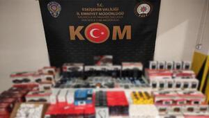 Eskişehir'de kaçak cep telefonu ve aksesuarları ele geçirildi