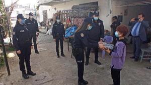 Polis olmak isteyen Tuğba'nın hayalini polis gerçekleştirdi