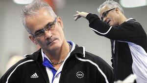 Olimpiyat antrenörü cinsel taciz ve insan ticareti suçlamasından saatler sonra ölü bulundu
