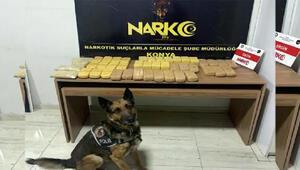 Narkotik köpeği Alex, 23 kilo 432 gram eroin buldu: 3 gözaltı