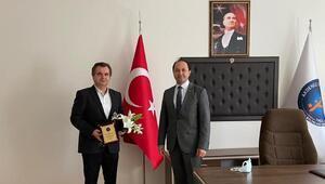 AÜ Fen Bilimleri Enstitüsünde devir teslim töreni