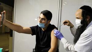 İsrailde nüfusun yarısı Kovid-19a karşı aşılandı