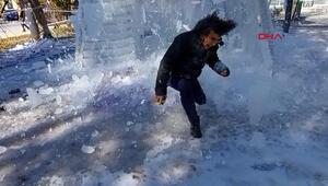 Buz kütlesi performans denemesinde talihsiz an Ölümden böyle döndü...