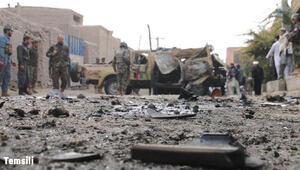 Afganistanda askeri üsse bombalı saldırı: 4 ölü