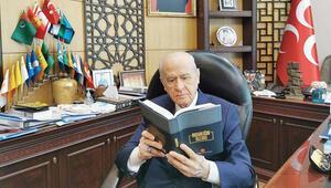 MHP huzurun kitabını yazdı