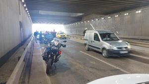 İzmirde 2 yunus polis geçirdiği kazada hafif yaralandı