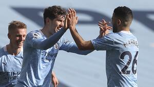 Manchester Cityden Premier Ligde peş peşe 14, tüm kulvarlarda 20. galibiyet