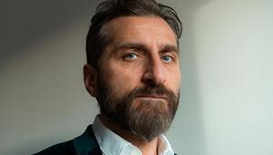 Osman Sekiz'in başrolü Tim Seyfi oldu