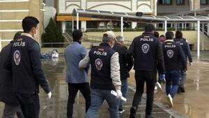 Bilişim suçlarından hapis cezası olan 4 kişi tutuklandı