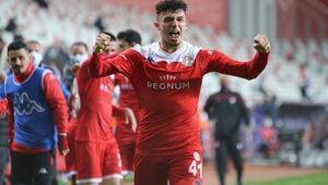 Antalyasporlu futbolcu Gökdeniz Bayrakdarın hedefi Milli Takım