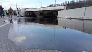 Zift yüklü tanker devrildi Yol ulaşıma kapandı
