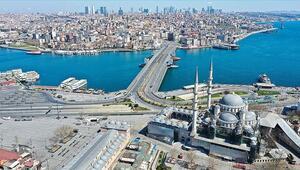 İstanbulda ve İzmirde 65 yaş üstü ve 20 yaş altı sokağa çıkma yasağı kalktı mı