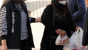 Hırsızlık şüphelisi kadına gözaltı