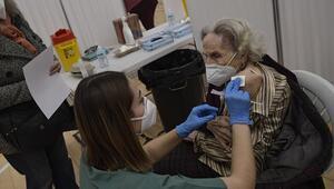 Aşı etkisini gösterdi: İspanyada bakımevlerindeki Kovid-19 vakası sayısı yüzde 95 azaldı