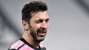 İtalyan kaleci Buffon, en geç 2023te futbolu bırakmayı planlıyor