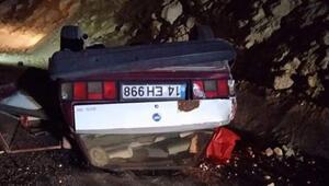 Ankarada feci kaza Sürücü öldü, eşi yaralandı