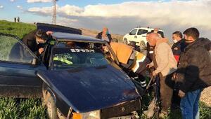Kahta'da trafik kazası: 3 yaralı