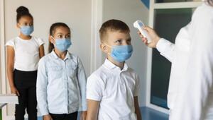 Okul hemşireleri de aşı bekliyor