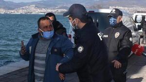 İzmir polisinden 6 ay sonra değnekçilere ikinci operasyon Gazetecilere şok tepki