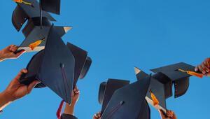İngilterede mezun öğrencilere 2 yıl daha vize Türkleri de ilgilendiriyor