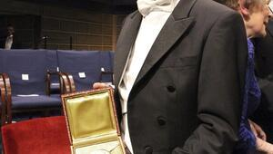 Nobel Ödüllü Prof. Dr. Aziz Sancar'dan Kır Çiçeklerine mektup: Başarı sizlerin elinizde