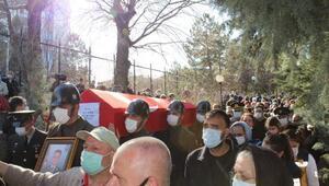 5 şehit Ankarada yan yana toprağa verildi
