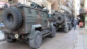 PKKya destek veren derneğe operasyonda 7 tutuklama