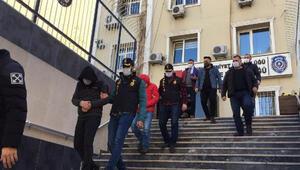 İstanbulda bankadan çıkan kişilere kapkaç 4 gözaltı