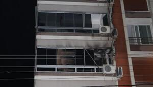 Torbalıda apartman dairesine yangın Belediye başkanı dahil 7 kişi dumandan etkilendi