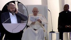 Papa Irak ziyaretinde Kuran-ı Kerim dinledi