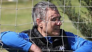 Antalyasporda Kasımpaşa karşısında seriyi 13 maça çıkartmak