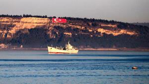 Rus savaş gemisi Saratov Çanakkale Boğazı'ndan geçti
