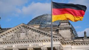 Almanyada sanayi üretimi 8 aylık yükselişine son verdi