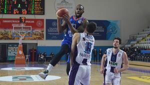 Basketbol Süper Liginde namağlup takım kalmadı