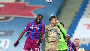 Son Dakika: Trabzonsporda Djaniny kadrodan çıkarıldı