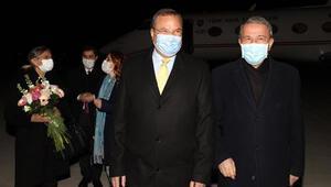 Milli Savunma Bakanı Hulisi Akar, Bükreşe gitti