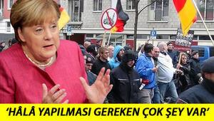 Türklere ırkçı saldırı sorusu sorulduğunda... Merkelden özeleştiri geldi