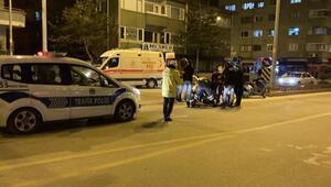 Motosikletle, ticari taksi çarpıştı: 1 yaralı