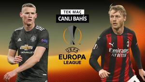 Milan 6 önemli eksikle Manchestera geldi Unitedın iddaa oranı...