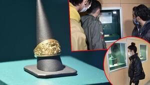 Hitit dönemine ait altın mühür yüzük ziyaretçilerin ilgisini çekiyor