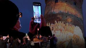 İstiklal Marşının kabulünün 100. yılına özel Galata Kulesinde video mapping gösterisi
