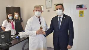 Biga Belediye Başkanı Erdoğan, sağlık çalışanlarının bayramını kutladı