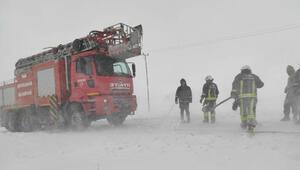 Vanda kar kazaları; 1 ölü, 8 yaralı