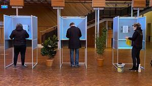 Hollanda koronavirüs salgını gölgesinde sandığa gidiyor