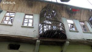 Şener Şenin doğduğu öne sürülen tarihi ev, esnafı tedirgin ediyor